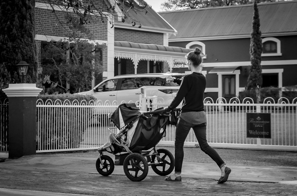 Black White Baby Carriage Road - AndreasGoellner / Pixabay